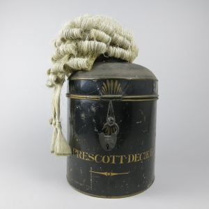 Barrister's wig & tin